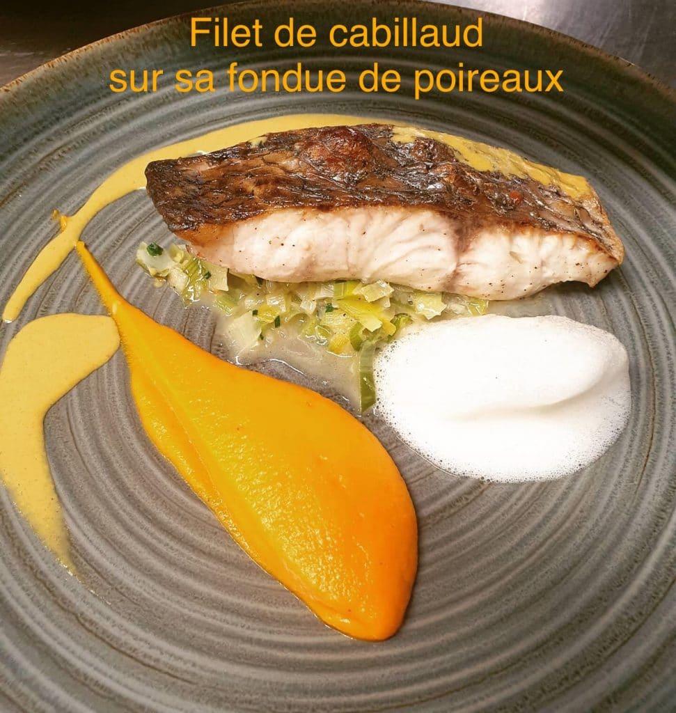 Filet_de_cabillaud_sur_sa_fondue_de_poireaux